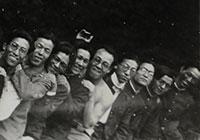 東京美術学校時代(1932年)右から四番目が杉山氏、三番目が金猊